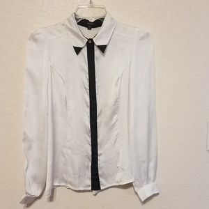 XOXO Womens White Button-Down Top Blouse
